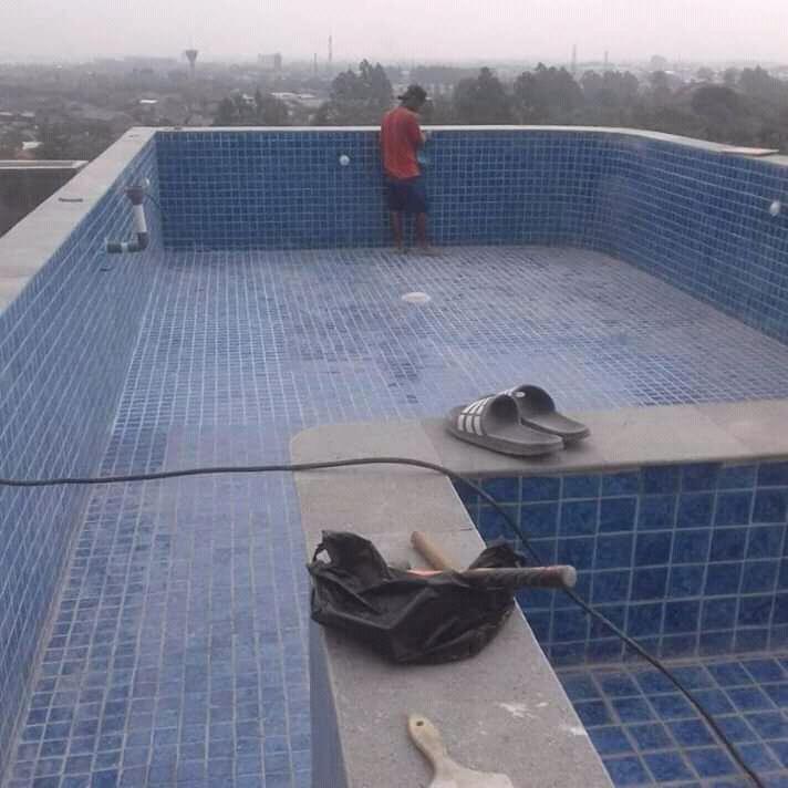 Private Pool / Kolam Renang Rumah atau Villa